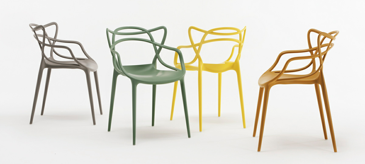 Kartell combines 3 famous chair designs into 1 lightopia for Famous chairs