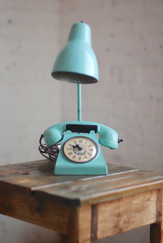 Exceptional A Turquoise Rotary Phone Upcycled Into A Desk Lamp.