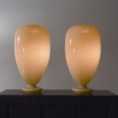 The Glass Balloon Table Lamp